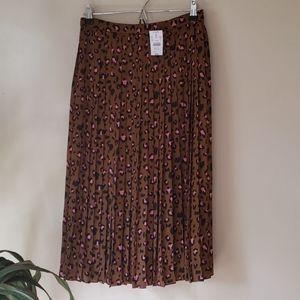 Nwt J crew pleated pink leopard print skirt